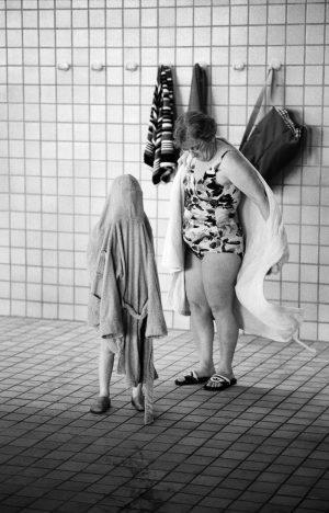 (Die öffentliche Badeanstalt)