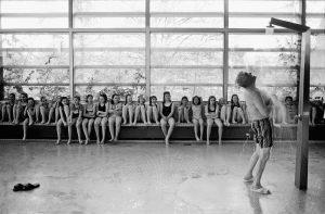 die öffentliche badeanstalt Foto: Julia Baier 5/2002 hallenbad süd bremen letzter tag (Die öffentliche Badeanstalt)